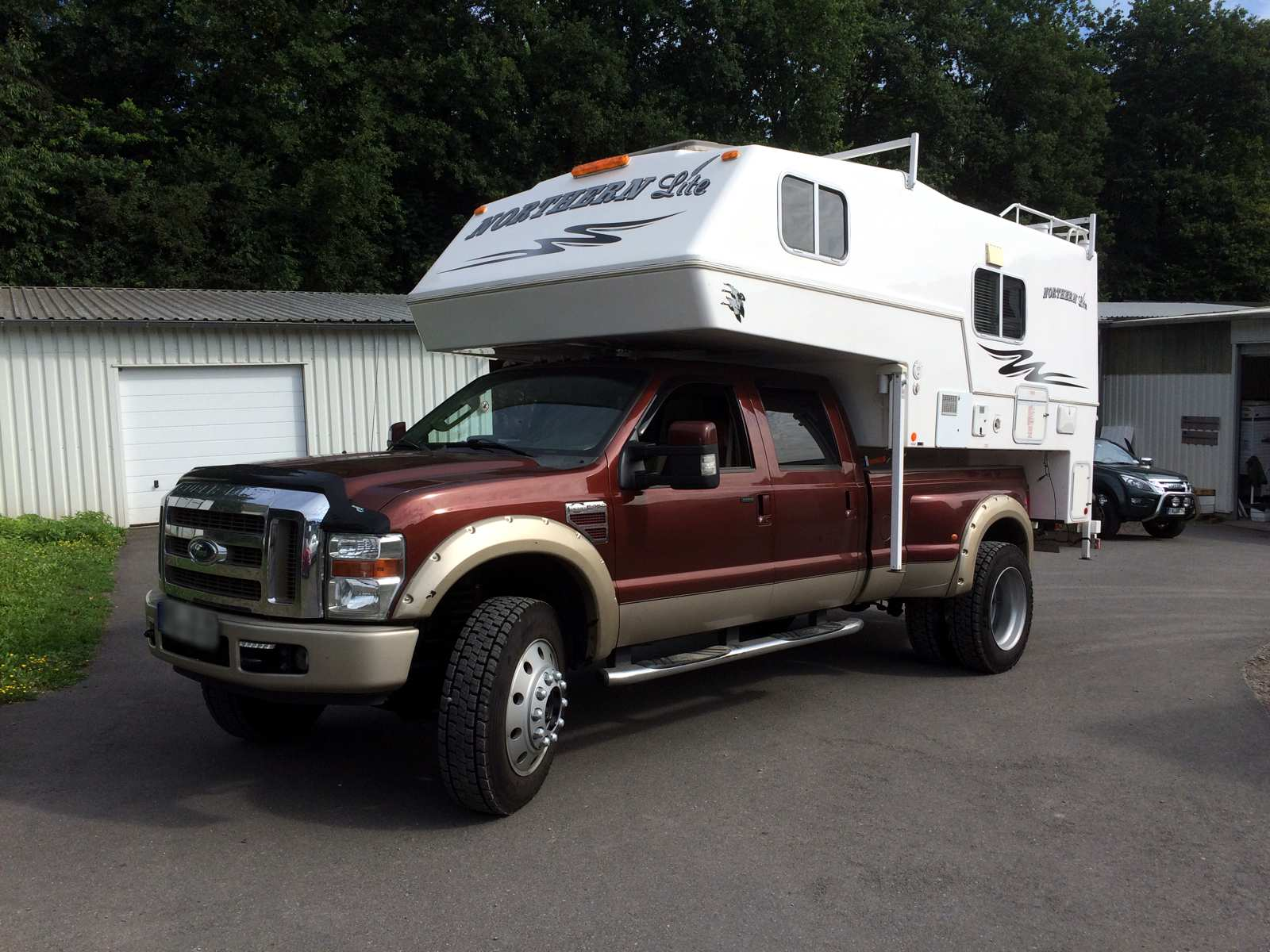 Ford F-450 Superduty Crewcab Dually Longebd mit Northern Lite Wohnkabine